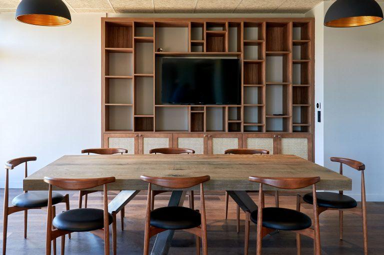 L'hôtel Akena Nantes Aéroport vous propose des espaces de séminaires et de coworking.