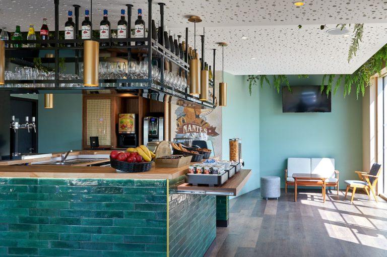 Débuter agréablement votre journée à Nantes avec notre petit déjeuner buffet.
